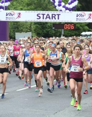 women lining up at the starting line for mini-marathon